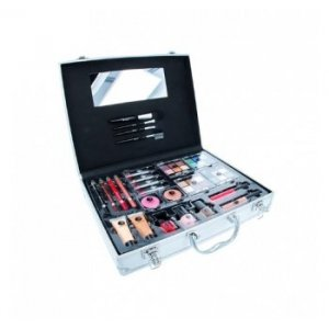 2K Beauty Unlimited Train Case (Set)